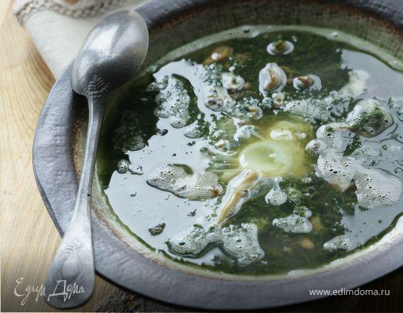 Суп из морепродуктов со шпинатом