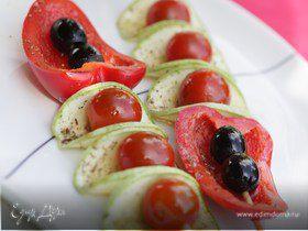 Маленькие шашлычки из овощей