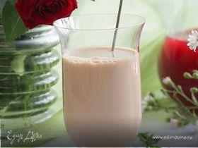 Чай с молоком и листьями малины