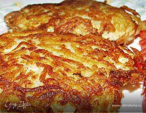 ОТБИВНЫЕ из куриного филе в картошке.