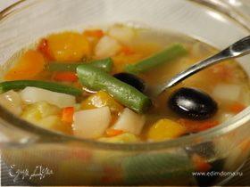 Овощной суп с тыквой и брюссельской капустой
