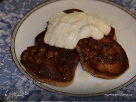 Медовые оладьи с имбирем, гвоздикой и корицей