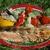 Стейки из семги на гриле с чесноком и помидорами