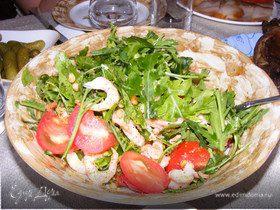 Салатик с руколой и креветками