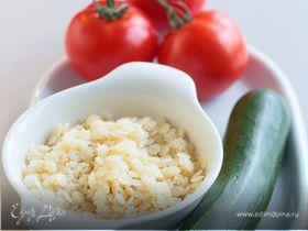 Макароны-звездочки с помидорами и цукини