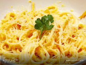 Спагетти с сыром и чесноком
