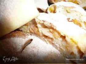 Яблочно-тыквенный штрудель с лимонной цедрой