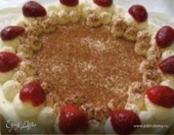 Тортик с клубникой и взбитыми сливками