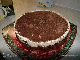 Нежный вишневый торт
