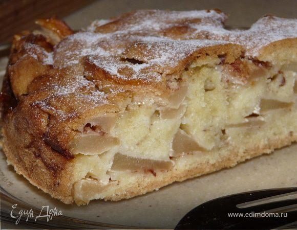 Пудинговый яблочный пирог с ромом