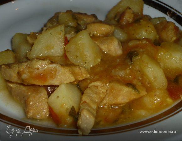 Густой говяжий суп, приготовленный по типу венгерского гуляша.
