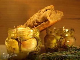 Чеснок в оливковом масле с тимьяном