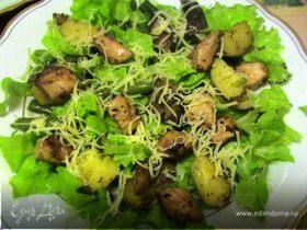 Теплый салат с куриной грудкой и фасолью