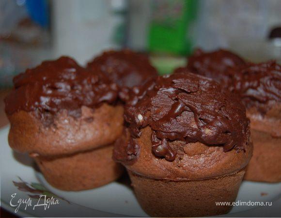 Шоколадные маффины с кедровыми орешками
