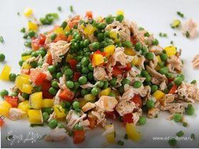 Тёплый салат с горошком и лососем! И Всего 324 ккал в 1 порции:-)
