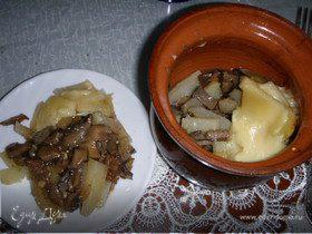 Мясо с грибами в горшочках