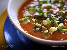 Суп из помидоров и базилика
