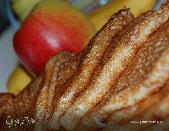 Бананово-яблочные блинчики на кефире