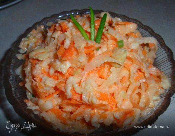 Витаминный салат с редькой и морковью