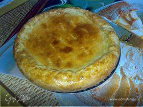 Французский пирог с луком и плавленным сырком.