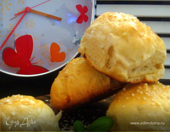 Сдобные булочки к завтраку (или...идеально для бутербродов любимому)