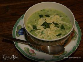 Суп из зеленых овощей с яйцом и лимоном