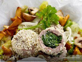 Фаршированные фрикадельки с салатом латук и лесными грибами