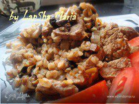 Мясо с гречкой и грибами по-деревенски