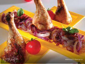 Курица на гриле с луком и соусом «Санторини»