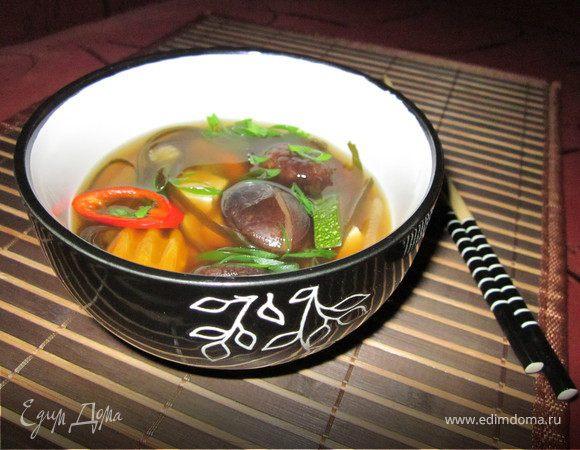Мисо суп с тофу и морской капустой