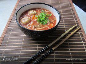 Мисо суп с курицей и лапшой Удон