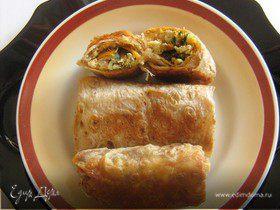Горячая закуска из лаваша с курицей и баклажанами