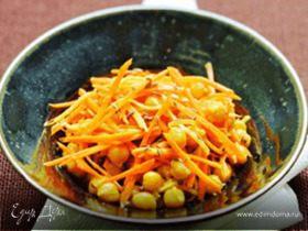 Нут с морковью, репой и индийскими специями