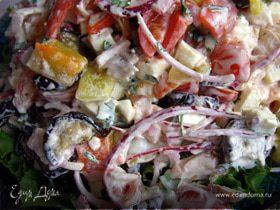 """Салат """"Сытный ужин"""" из запечённых овощей и копчёной куриной грудки"""