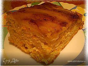 Морковно-яблочный кекс с корицей