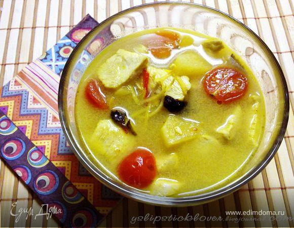 Суп с курицей и ананасом