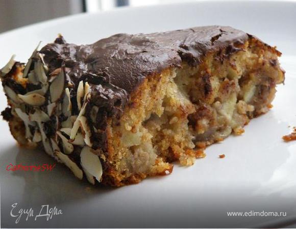 Шоколадно-медовый торт с яблоками