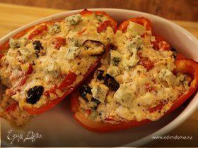 Перец, фаршированный творогом и голубым сыром