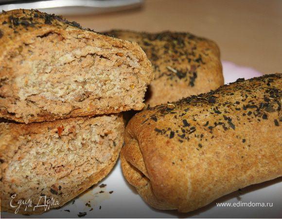 Пирожки-завитушки с мясом и вялеными томатами