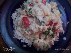 Куриное филе с рисом в сливочном соусе