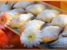 Слоёные булочки с манным кремом