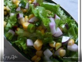 Салат с кукурузой и редиской