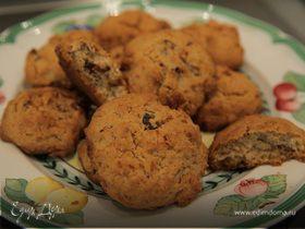 Печенье с финиками и орехами