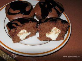 Шоколадные кексики с творожной начинкой