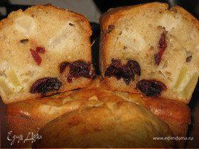 Яблочные кексы с вяленой клюквой
