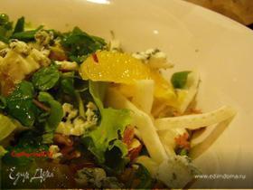 Салат из фенхеля и голубого сыра