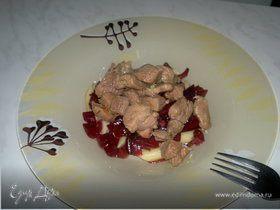 Красная паста с бедром индейки