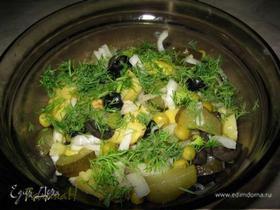 Постный салат из запеченного картофеля