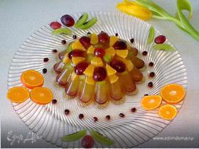 Апельсиновое желе с ягодами и фруктами