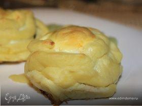 Котлеты в гнездах из картофельного пюре